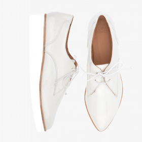 LACQUER OFF WHITE  Oxford Lace Up
