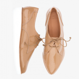 LACQUER CAMEL  Oxford Lace Up